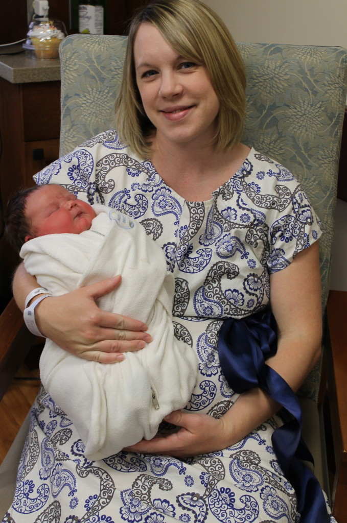 Mod Mum Maternity Hospital Gown Giveaway! - The Purposeful Mom